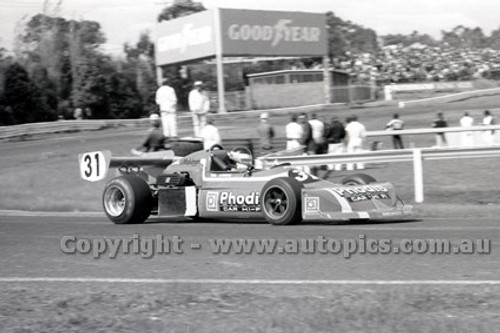 79638 - Andrew Miedecke, March 77B - Sandown 9th September 1979 - Photographer Darren House