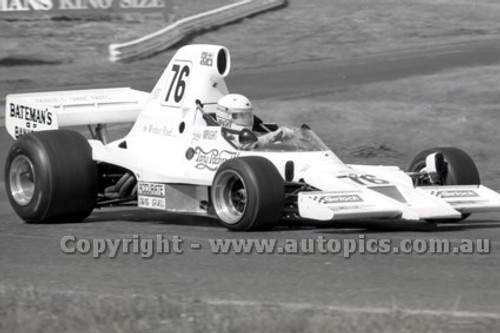 79644 - John Wright Lola T400 - Sandown 9th September 1979 - Photographer Darren House