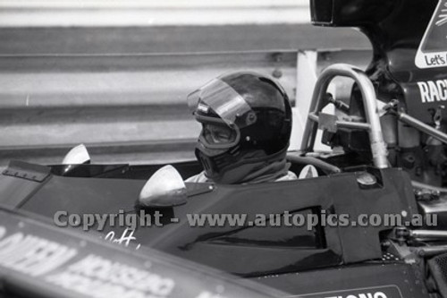 79646 - Kevin Bartlett, Brabham BT43 - Sandown 9th September 1979 - Photographer Darren House