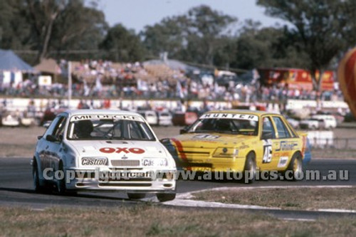 88076 - A. Miedecke Ford Sierra - ATCC Wanneroo April 1988 - Photographer Ray Simpson