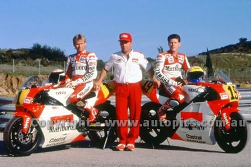 91317 - Wayne Rainey & John Kocinshi, Yamaha - 500cc Australian Gran Prix  Eastern Creek 1991 - Photographer Ray Simpson