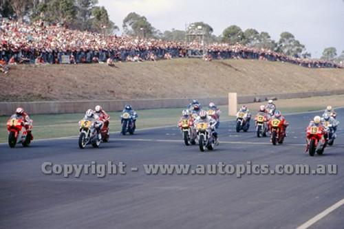 91318 - Start of the 500cc Australian Gran Prix  Eastern Creek 1991 - Photographer Ray Simpson