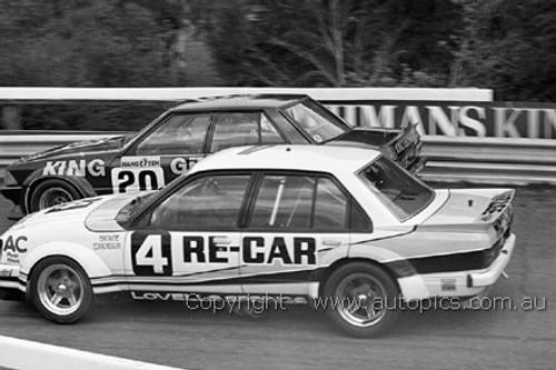 81066 - A. Browne / T. Edmondson, Holden Commodore VC & J. Moore & C. Gibson  - Sandown 1981 - Photographer Darren House