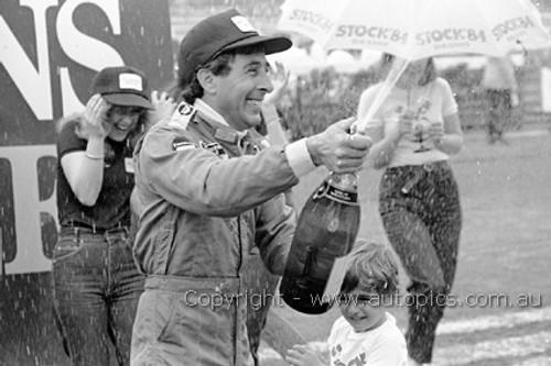 81613 - Alf Costanzo McLaren M26 - Sandown 1981- Photographer Darren House