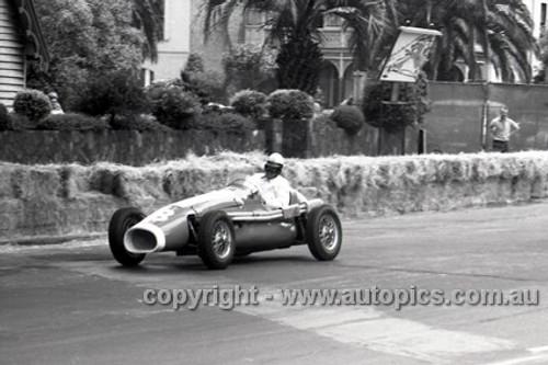 58558 - Glyn Scott, Holden Special  -  Albert Park 1958 - Photographer Peter D'Abbs