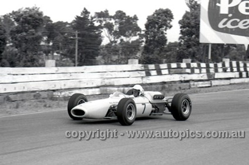 65547 - Frank Gardner,  Brabham - Sandown Tasman Series   21st February 1965  - Photographer Peter D'Abbs