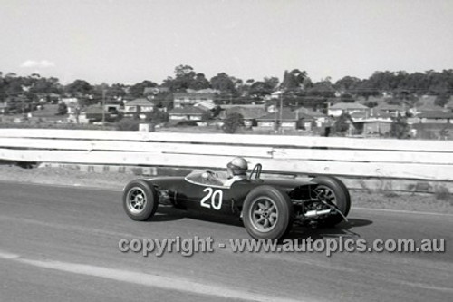 65554 - Wally Mitchel, Lotus - Sandown Tasman Series   21st February 1965  - Photographer Peter D'Abbs