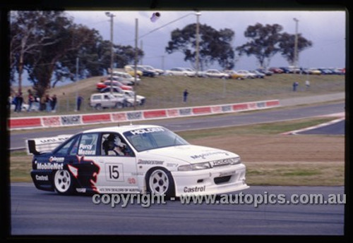93730  -  T. Mezera / W. Percy   -  Bathurst 1993  - HRT  Holden Commodore VP