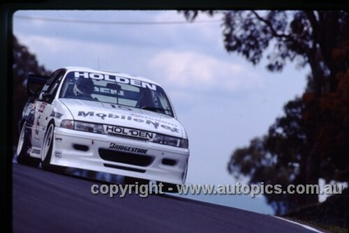 93732  -  T. Mezera / W. Percy   -  Bathurst 1993  - HRT  Holden Commodore VP