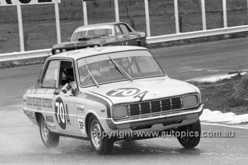 72823 - John Leffler, Mazda 1300 - Bathurst 1972- Photographer Lance J Ruting