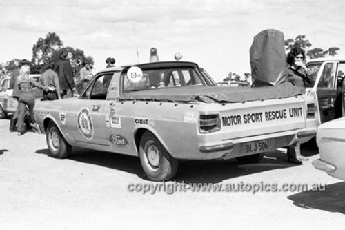 72915 - Ford Ute Resque Unit - KLG Rally 1972- Photographer Lance J Ruting