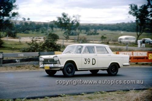 620007 - B. Shaw & B. Murray, Fiat 2300 - Bathurst Six Hour Classic - 30th September 1962 - Photographer Bruce Wells.