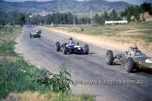 620023 -  Leo Geoghegan, Lotus 20, car in front Wally Mitchell (VIC) - Hume Weir 23rd September 1962 - Photographer Bruce Wells.