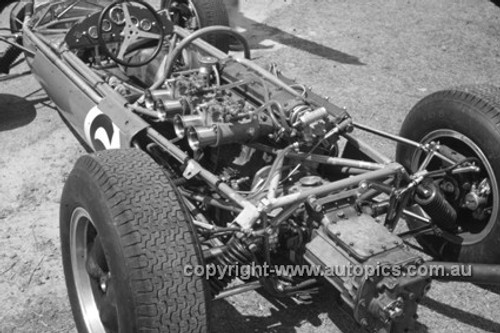 630042 - Bib Stillwell, Brabham - Lakeside International 1963 - Photographer Bruce Wells.