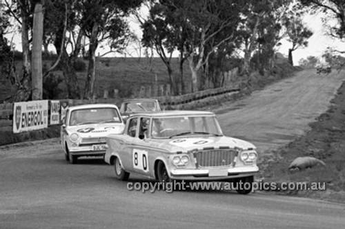 640006 -  Sutherland & A. Mottram, Studebaker Lark - A. Cooper & J. Hills, Cortina MK1 GT -  Armstrong 500 Bathurst 1964 - Photographer Bruce Wells