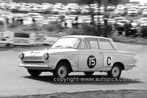 640012 -  Bob Jane & George Reynolds, Cortina MK1 GT -  Armstrong 500 Bathurst 1964 - Photographer Bruce Wells