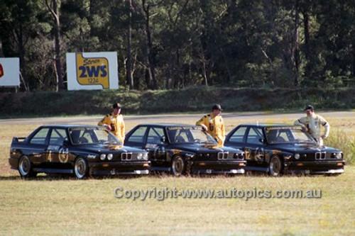87047  - T. longhurst, J. Richards & A. Grice - BMW - Amaroo 1987 - Photographer Ray Simpson