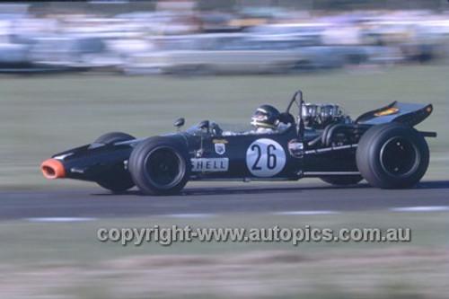 Niel Allan, McLaren M10B - Warwick Farm 1971 - Photographer Russell Thorncraft