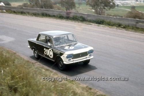 66745  -  Ron Kearns & Barry Quail, Fiat 1500 - Gallaher 500  Bathurst 1966 - Photographer Geoff Arthur