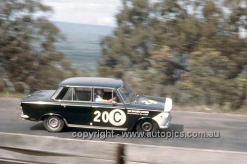 66746  -  Ron Kearns & Barry Quail, Fiat 1500 - Gallaher 500  Bathurst 1966 - Photographer Geoff Arthur