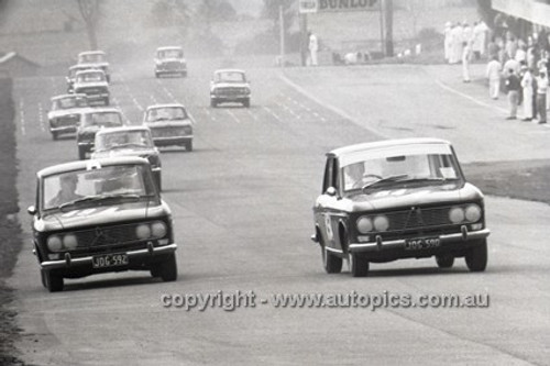 66749  -  John Roxburgh / Doug Whiteford & M. Kitamo / K. Takahashi, Datsun Bluebird - Gallaher 500  Bathurst 1966 - Photographer Lance Ruting