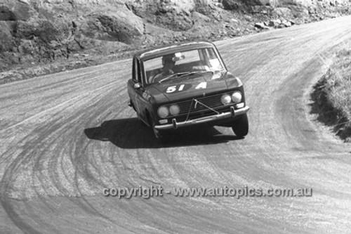 66770  - John Colwell & Fred Sutherland, Datsun Bluebird - Gallaher 500 Bathurst 1966 - Photographer Lance J Ruting