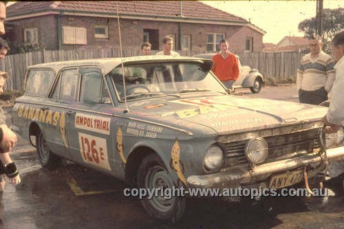 64980 - Russ Hammond & Aub Baker - 1964 Ampol Trial - Valiant AP5 Wagon - Photographer Ian Thorn