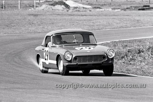 66475 -  Noel Riley Honda S600  - Warwick Farm  18th September1966 - Photographer Lance J Ruting