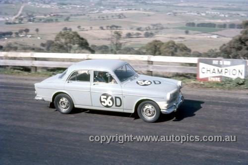 67759 - Gerry Lister & David Seldon Volvo 122S - Gallaher 500 Bathurst 1967 - Photographer Geoff Arthur