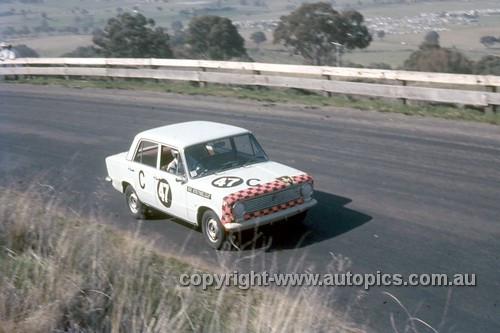67764 - Bill Daly / George Murray Fiat 124 - Gallaher 500 Bathurst 1967 - Photographer Geoff Arthur