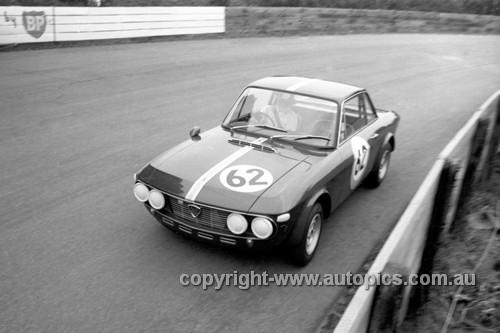 68240 - Graeme Ward Lancia Fulvia - Catalina Park Katoomba 1968 - Photographer David Blanch