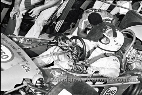 71664 - Chris Amon - STP Lotus 70 Ford  Tasman Series Warwick Farm 1971