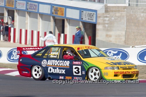 94752  -  Steve  Reed & Trevor  Ashby  Commodore   VP  - Tooheys 1000 Bathurst 1994 - Photographer Marshall Cass