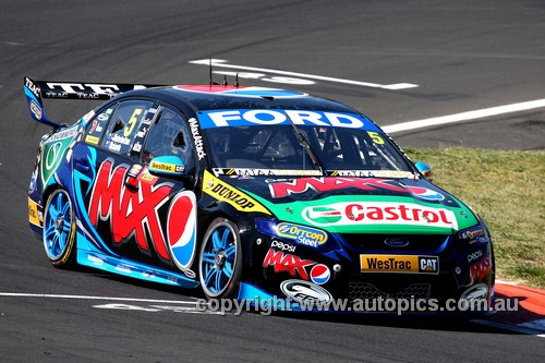 13701 - Mark Winterbottom & Steve Richards , Falcon FG - Bathurst 1000 - 2013  - Photographer Craig Clifford