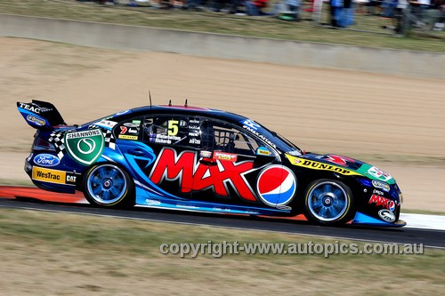 13702 - Mark Winterbottom & Steve Richards , Falcon FG - Bathurst 1000 - 2013  - Photographer Craig Clifford