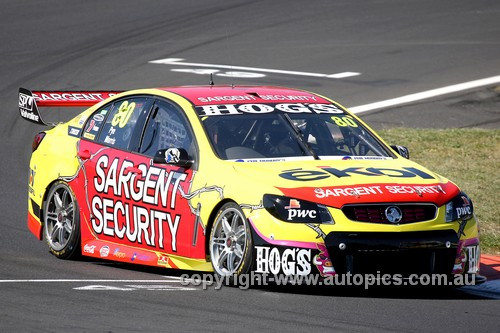 13712 - S. Pye / P. Morris  Holden Commodore VF - Bathurst 1000 - 2013  - Photographer Craig Clifford
