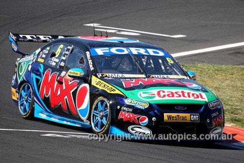13713 - W. Davison / S. Owen  Ford Falcon FG - Bathurst 1000 - 2013  - Photographer Craig Clifford