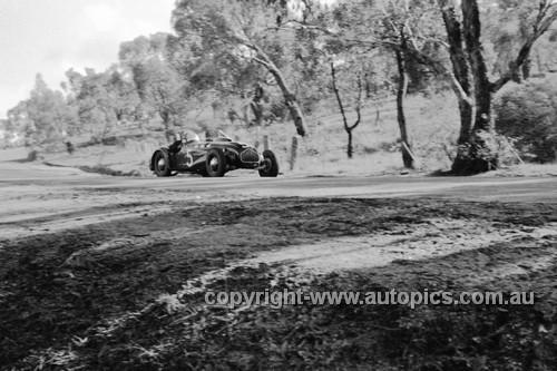 52502 - Jack Murray Allard Cadillac - Bathurst Easter Meeting 1952 - Photographer John Ryan