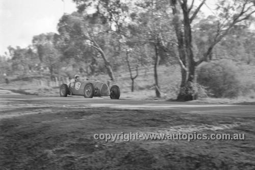 52504 - Stan Jones Maybach - Bathurst Easter Meeting 1952 - Photographer John Ryan