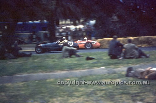 56513 - Stirling Moss, Maserati 250F & Tom Clark, HWM Alta - Australian Grand Prix  Albert Park 1956 -  Photographer Simon Brady