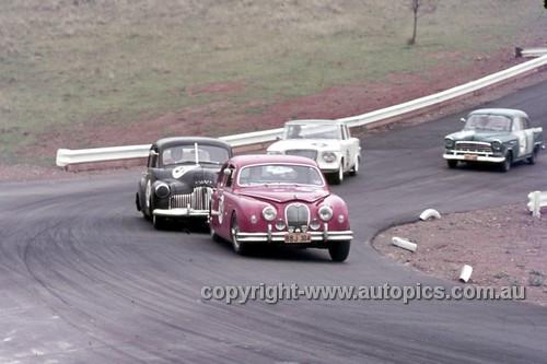 63027 - Bill Burns, Jaguar & John Rootes, Holden FX - Oran Park 1963 - Anne Blackwood Collection