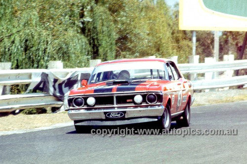 72299 - Allan Moffat Falcon XY - Sandown 1972