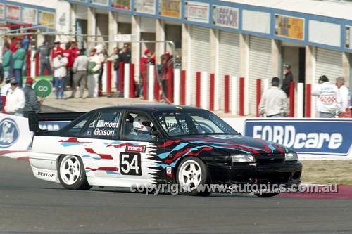 94805  - Ed Lamont / Graham Gulson,  Commodore   VP  - Tooheys 1000 Bathurst 1994 - Photographer Marshall Cass