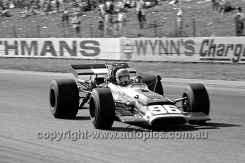 70666 - Mike Goth, Surtees TSS Chev - Surfers Paradise Tasman Series 1970 - Photographer David Blanch