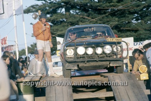 72929 - Max Stahl at the start of the Southern Cross Rally 1972 - Photographer David Blanch