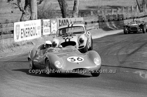65493 - Frank Demuth, Lola & Kevin Walters, Buckle  - 19th April 1965 - Bathurst
