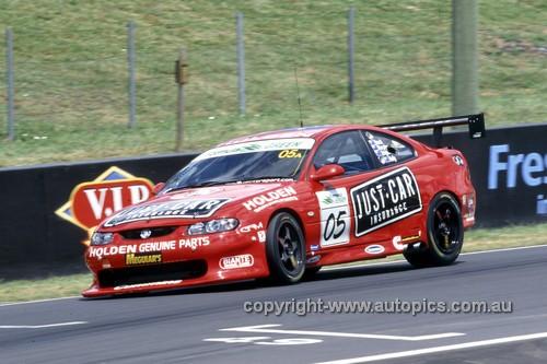 203048 - Brock / Murphy / Bright / Kelly - Holden Monaro CV8 - Bathurst 24 Hour 2003