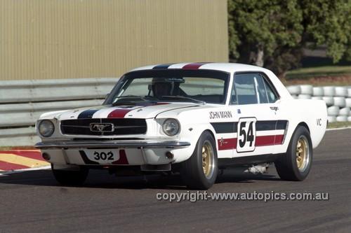 97018 - John Mann, Mustang - Sandown 1997 - Photographer Marshall Cass