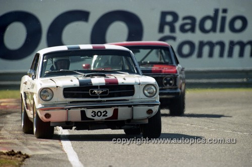 97017 - John Mann, Mustang - Sandown 1997 - Photographer Marshall Cass