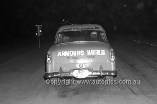 67940 - Surfers Paradise Drags 26th August 1967 - Photographer Lance J Ruting
